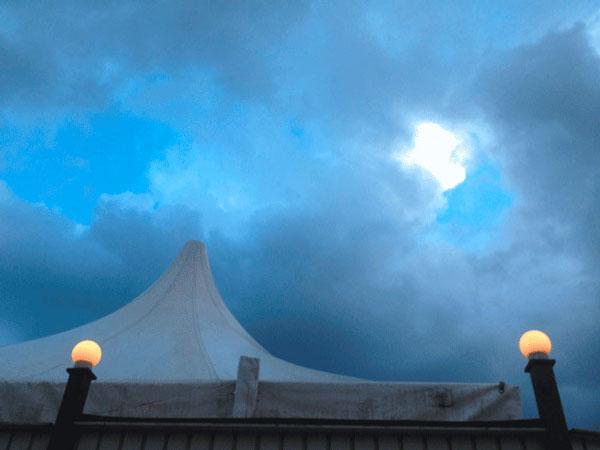 Fotografie Himmel über Tipi-Berlin